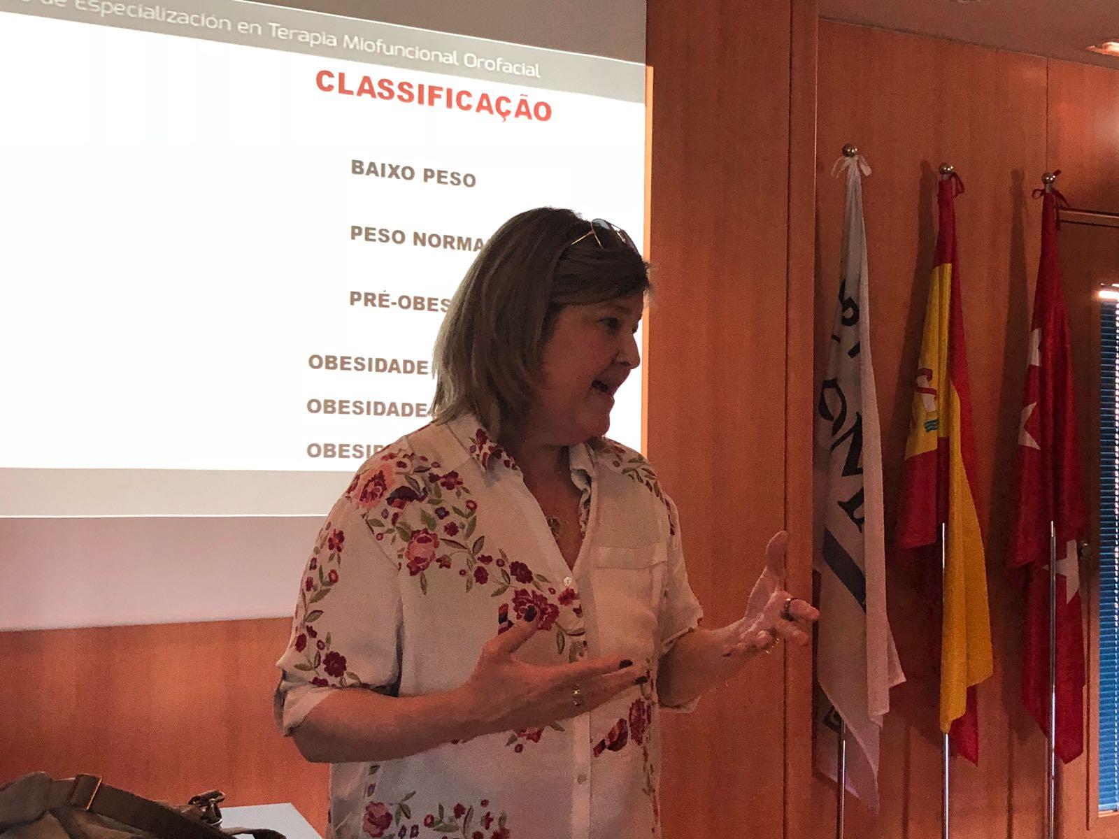 Fonoaudióloga da equipe GCBV esteve na Espanha compartilhando seu conhecimento e experiência