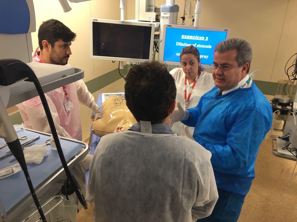 Dr Admar Concon Filho participa como instrutor em curso internacional